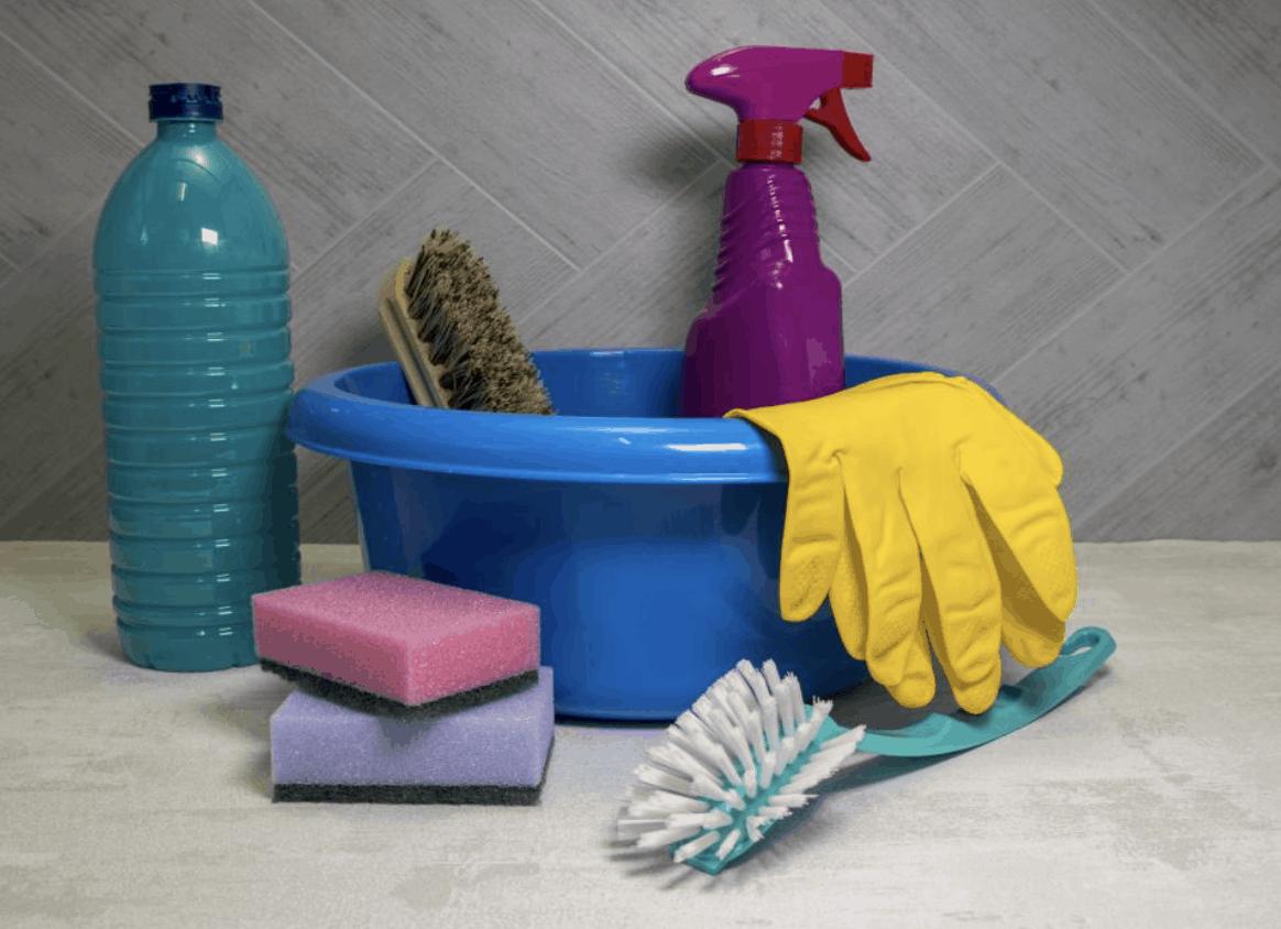 Sada vybavení pro čištění