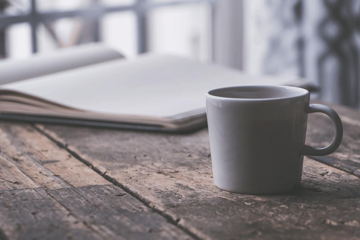 Pět způsobů jak odstranit skvrny od kávy z oblečení